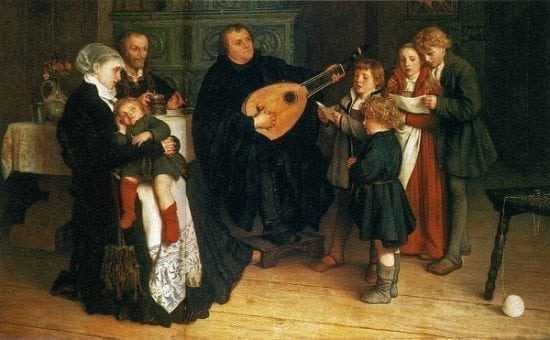 martin-luther-surrounded-by-his-family